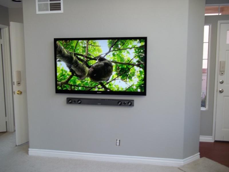 65ampquot Samsung Led Tv With Samsung Soundbar Mounted On Wall