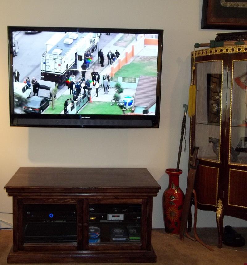 """60"""" Mitsubishi LED TV Premium Installation"""